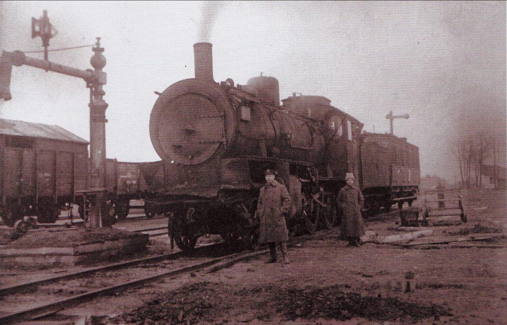 Po pergalės lietuviams atiteko nemažai bermontininkų garvežių. 1919 m. Vlado Kurkausko šeimos archyvas.