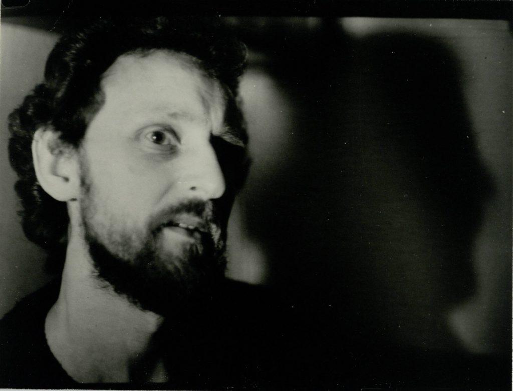 """""""Lietuvių dramaturgijos festivalis """"Atgaiva"""" 1988 m. gruodžio 12-22 d. Šiauliuose"""". Aktorius Petras Venslovas. Nuotr. aut. Juozas Bindokas"""